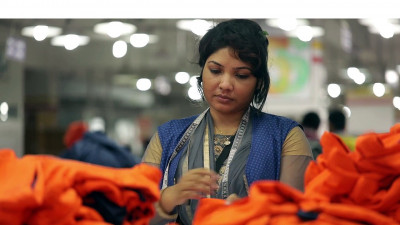Mastercard, Clothing Giants Partner to Help Garment Workers Secure Financial Futures