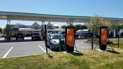 Electric Vehicles, Renewable Fuels Can Coexist in a Clean Energy Future