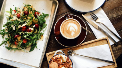 Disposables to Reusables: Food-Service Businesses Can Save $5B a Year, Avoid Countless Environmental Impacts