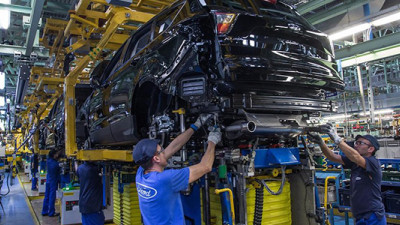 Auto Giants Launch Raw Materials Partnership to Tackle Industry Supply Chain Risk