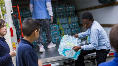 Walmart, Coke, Nestlé, PepsiCo Providing Water for Flint Public School Students
