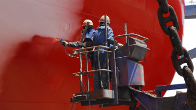 AkzoNobel Issues $500K in Carbon Credits to Ships Using Emissions-Reducing Coatings