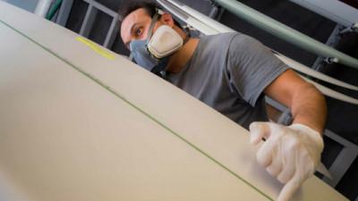 UCSD Undergrads Create First Algae-Based Sustainable Surfboard