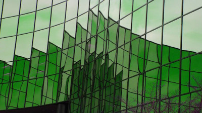 Report: Major Gap in Sustainability Adoption Between Large, Small Office Buildings