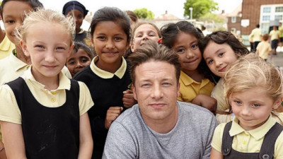 Jamie Oliver Proposes Tax on Sugary Drinks in UK; Industry Is Not Amused