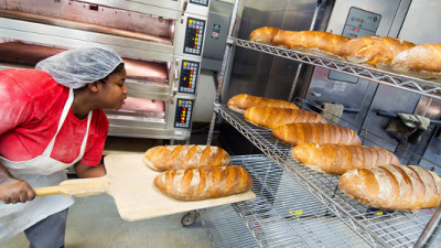 BlueBud: How JetBlue Is Helping 'the United Nations of Bread' Get Off the Ground
