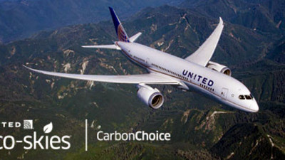 United Airlines Launches Tool to Help Customers Offset Carbon Footprint
