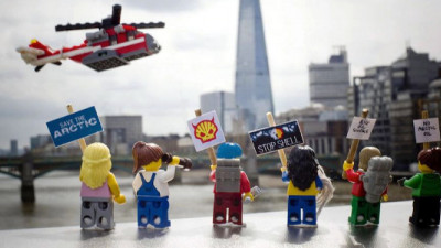 LEGO Ends 50-Year Partnership with Shell After 6 Million People Campaign to Save the Arctic