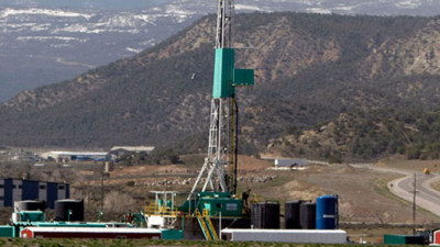 Chevron, Shell Join Environmentalists To Regulate Fracking Standards
