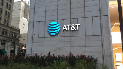 AT&T Announces One of the Largest Corporate Renewable Energy Purchases; Signs on to Corporate Renewable Energy Buyers' Principles