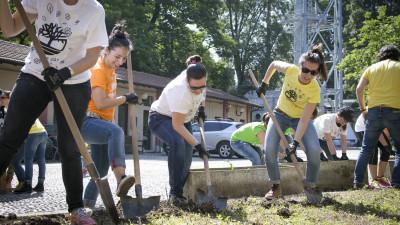 Timberland Season of Service Celebrated Around the World