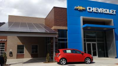 More than 400 GM Dealerships Join Green Program