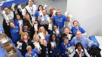 United Airlines and Clean the World Partner to Assemble Hygiene Kits For Hub-Based Charities