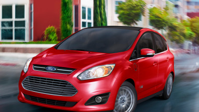 Charge 'Er Up: Ford Offers Three Years' Complimentary Charging to C-MAX Energi Customers with EV 1-2-3 Charge, Powered by EVgo